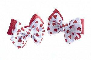 Бантик для волос Малышка красный с белым верхом в сердцах