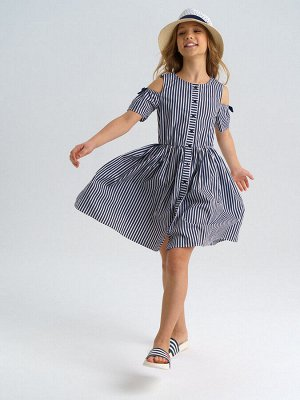 Платье Состав: 70% хлопок, 28% полиамид, 2% эластан Цвет: тёмно-синий, белый  *Платье с открытой линией плеч из поплина *высокое содержание хлопка *благодаря наличию эластана в составе ткани издели