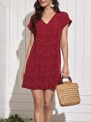 Платье в горошек с v-образным воротником