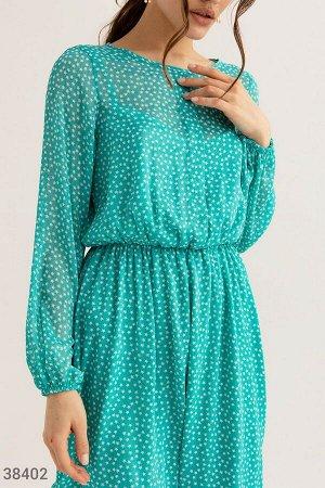 Шифоновое платье приталенного кроя