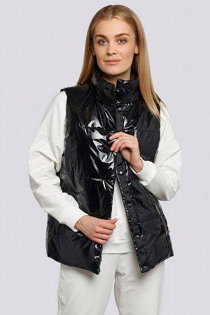 Черный Утепленный жилет уже успел полюбиться модницам. Он отлично подходит и для ветреной весны, и для промозглой осени. Жилет женский прямого силуэта на потайных кнопках. Утеплитель термофин, плотнос