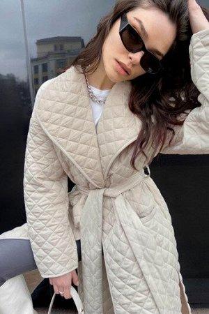 Стеганое пальто в актуальном оттенке Almond Oil TOPTOP