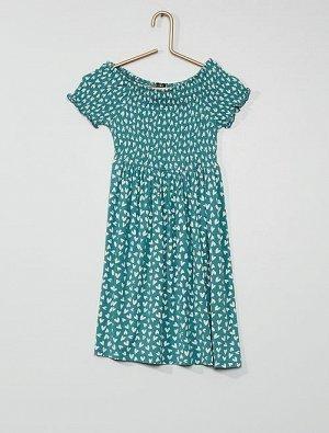 Платье с рисунком и сборками
