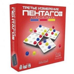 Пентаго В игре Пентаго участвуют два игрока. Начинающий игрок кладёт шарик на любое место игрового поля. Положенный шарик перекладывать нельзя. Положивший шарик игрок затем поворачивает любую четверть