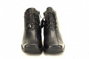 Ботинки Нат. Кожа ,нат.Байка высота каблука 3 см Цвет Черный