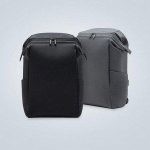 Рюкзак Рюкзак ориентирован на активных пользователей гаджетов и легко вмещает в себя небольшой ноутбук, планшет и еще множество мелких аксессуаров. Рюкзак со строгим дизайном, он прекрасно держит форм
