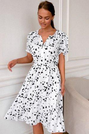 Платье Размер: 42 / 44 / 46 / 48 Лёгкое белое платье с нежным принтом из бабочек идеально подойдёт для летних прогулок. Ткань Тенсил вискоза, 100% вискоза. Дышащее, слегка просвечивающие, с короткими