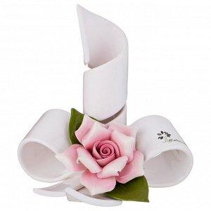 Подсвечник 'розы' 14*12,5 см. высота=15 см.