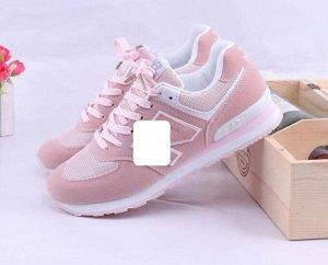 Женские кроссовки, цвет нежно-розовый