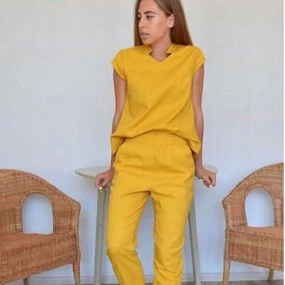 от 380 рублей! Яркие футболки для стильного образа! — Модные брючные костюмы — Костюмы с брюками