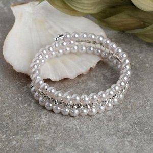 """Браслет жемчуг """"Пружинка"""" яркость, d=0,6, цвет белый в серебре, 6см"""