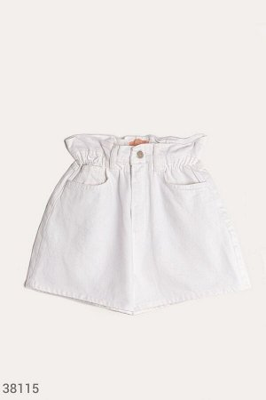 Белые шорты из денима