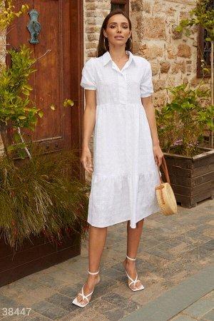 Свободное платье с вышивкой