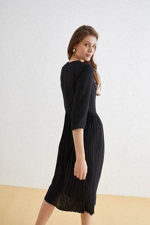 Платье жен. Shamberi 1 черный