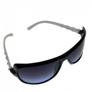 Классические женские очки Alur_Fem в чёрно-белой оправе.