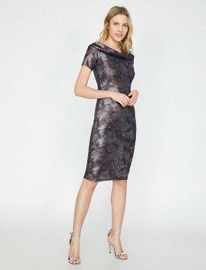 Платье коктейльное на подкладе