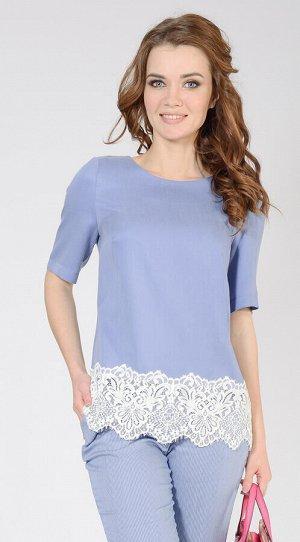Блуза 1112 Элегантная блуза прямого силуэта с фигурной вытачкой по переду из струящейся вискозы в сочетании с элегантной кружевной вставкой  -  легко может стать фаворитом летнего гардероба. Материал