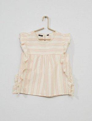 Блузка с помпонами