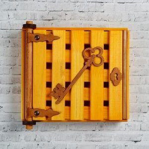 "Ключница деревянная ""Золотой ключик"", 23x 20x 6 см, 4 крючка"