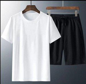 Костюм(футболка и шорты)