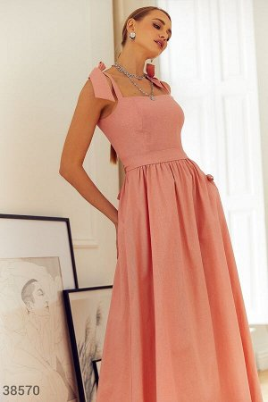 Розовый сарафан из льна