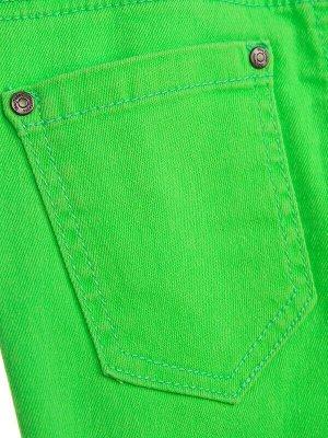 Брюки Состав: 98% хлопок, 2% эластан  Цвет: зеленый  Год: 2021 *Брюки из твила *высокое содержание хлопка *благодаря наличию эластана в составе ткани изделие проще в уходе и держит форму *эластичн