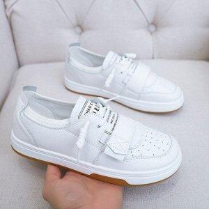 Женские кроссовки, цвет белый, на липучке