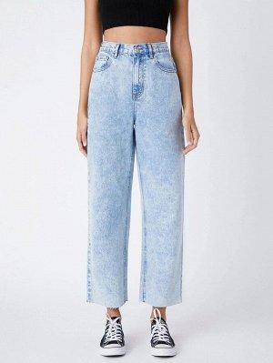 Прямые джинсы с высокой талией