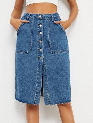 Джинсовая юбка с необработанным краем на пуговицах