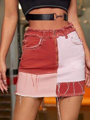 Контрастная джинсовая юбка с молнией