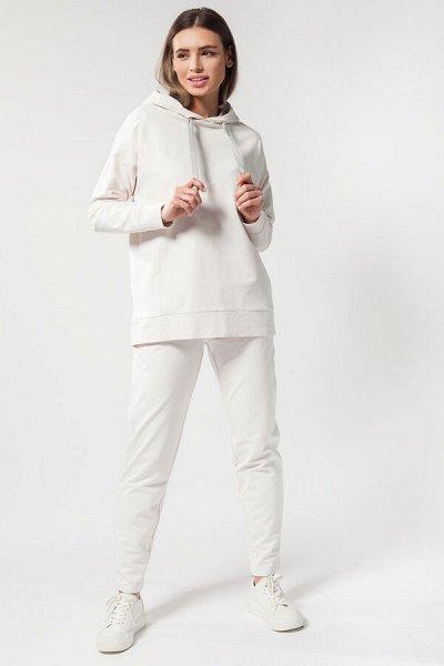 Svyatnyh *Одежда, аксессуары для мужчин и женщин — Брюки спортивные женские — Классические брюки