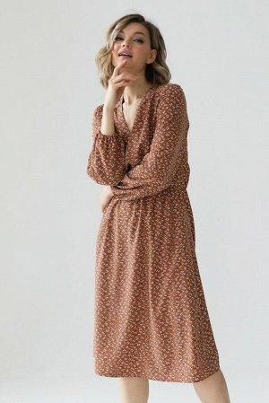 Платье со сборкой на талии