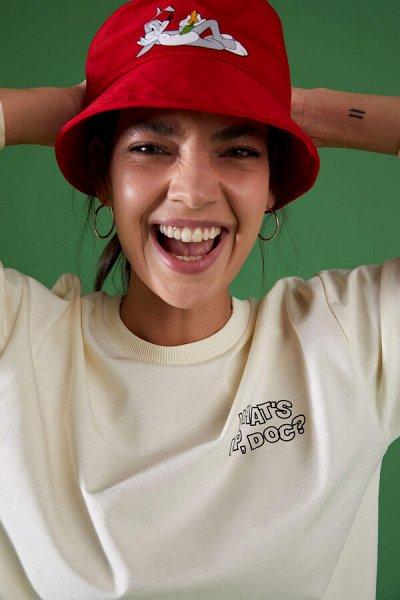 DEFACTO- платья, свитеры, кардиганы Кофты, джинсы и пр — Женские кепки, шляпки, шапки