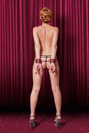 Бордовые наручники с 3D эффектом TOYFA Theatre