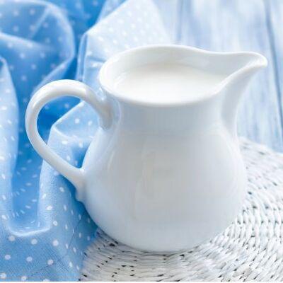 Мясные и молочные продукты, ингредиенты для азиатской кухни. — Молоко и сливки — Молоко и сливки