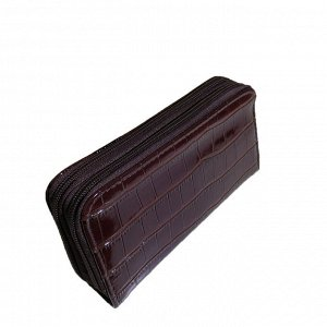 Стильный женский кошелек Fragrance из эко-кожи шоколадного цвета на две молнии.