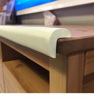 Защитная лента-накладка для мебели / 2 м