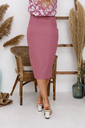 Юбка (НСК) Юбка (НСК)  Состав: 95% Хлопок 5% Эластан Длина: 72 см. Описание модели: Стильная юбка из джинсового полотна. Модель прилегающего силуэта. По переду застёжка – гульфик и шлица. Цветовая га