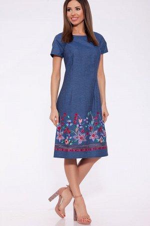 Платье Женское платье с коротким рукавом реглан приталенного силуэта. Застежка расположена сзади по среднему шву на потайную тесьму молнию по бокам вместительные карманы. Безупречный летний вариант из