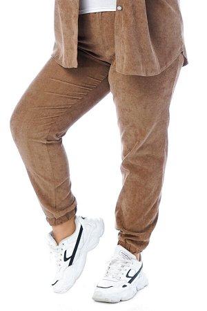 Брюки-4758 Модель брюк: Джоггеры; Материал: Микровельвет;   Фасон: Брюки; Параметры модели: Рост 173 см, Размер 54 Брюки микровельвет бежевые Длина изделия 50 размера по спинке 98 см. В каждом следующ