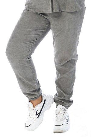 Брюки-4731 Модель брюк: Джоггеры; Материал: Микровельвет;   Фасон: Брюки; Параметры модели: Рост 173 см, Размер 54 Брюки микровельвет серые Длина изделия 50 размера по спинке 98 см. В каждом следующем