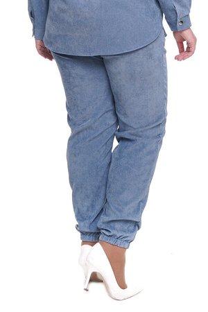 Брюки-4726 Модель брюк: Джоггеры; Материал: Микровельвет;   Фасон: Брюки; Параметры модели: Рост 173 см, Размер 54 Брюки микровельвет индиго Длина изделия 50 размера по спинке 98 см. В каждом следующе
