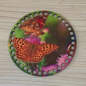 Две бабочки. диаметр 15 см