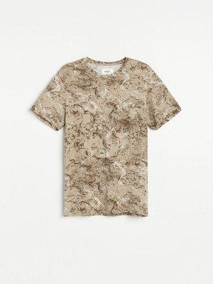 Узорчатая футболка