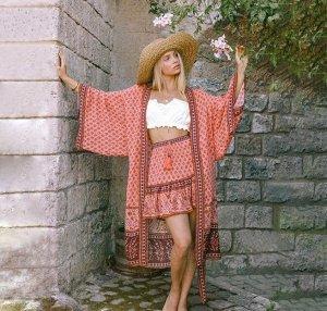 Женская накидка с принтом, цвет розовый