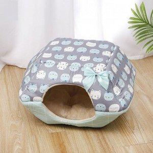 """Лежанка-домик для животных, принт """"Котики"""", цвет голубой/серый"""