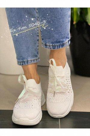 Женские кроссовки 5040-3 белые