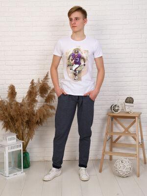 Брюки Состав: хлопок 70%, пэ 30%; Материал: трикотажное полотно Спортивные брюки, зауженные к низу хорошо подойдут как для прогулок, так и для спорта. Сочетается с любой футболкой и толстовкой.