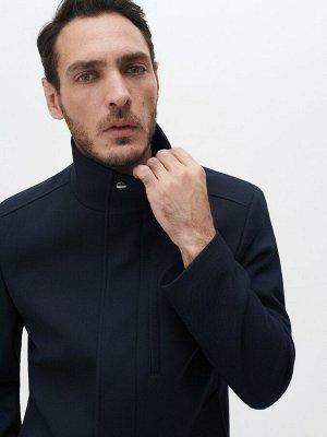 Короткая куртка с воротником-стойкой
