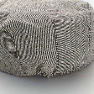 Бейсболка из материала под шамбре - серый